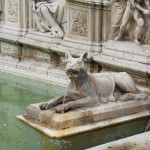 Siena - Fontana in Piazza del Palio